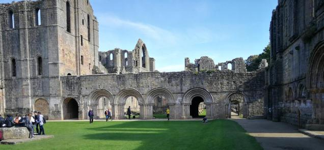 Fountains Abbey 04